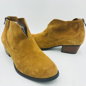 JESSICA SIMPSON DACIA Brown Suede Leather Bootie